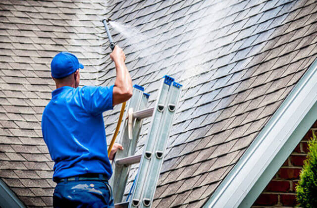 aurora roof cleaning